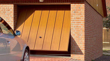 Up and over garage door installers Great Dunmow